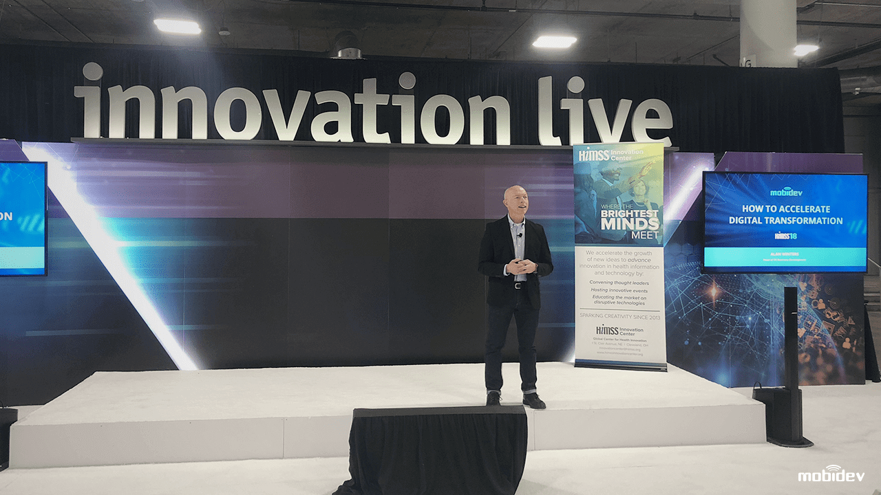 Alan Winters holds a keynote at HIMSS18.